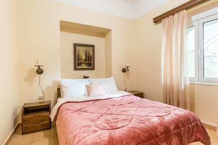 70 sqm, two bedrooms,ground floor house