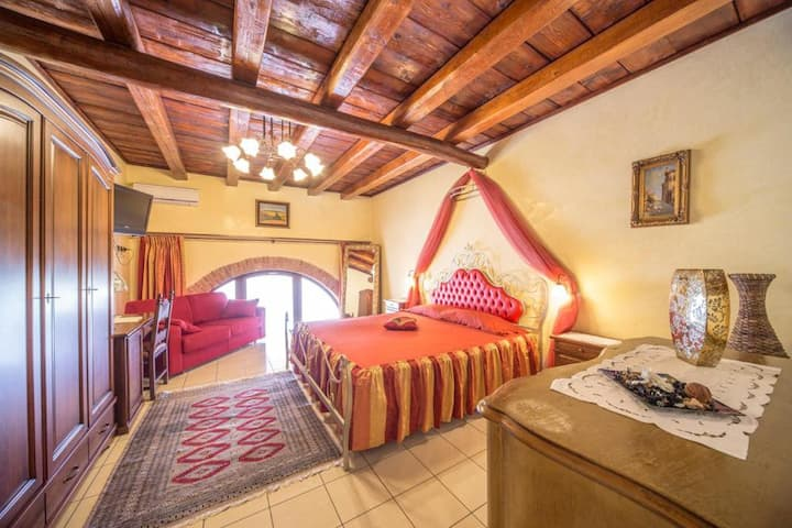Agriturismo Montetondo - Suite Room with Jacuzzi