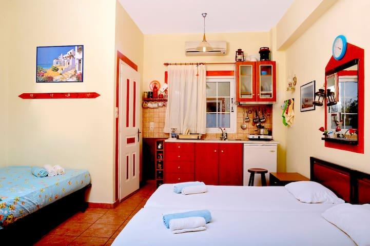 Family Room at IkariaStudios (L)