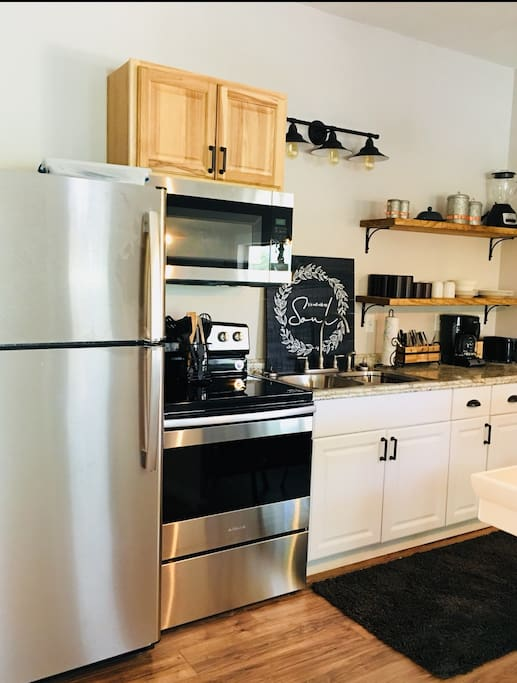 Kitchen Full Size Appliances, Ice Maker, Utensils, Cookware and Dishes.