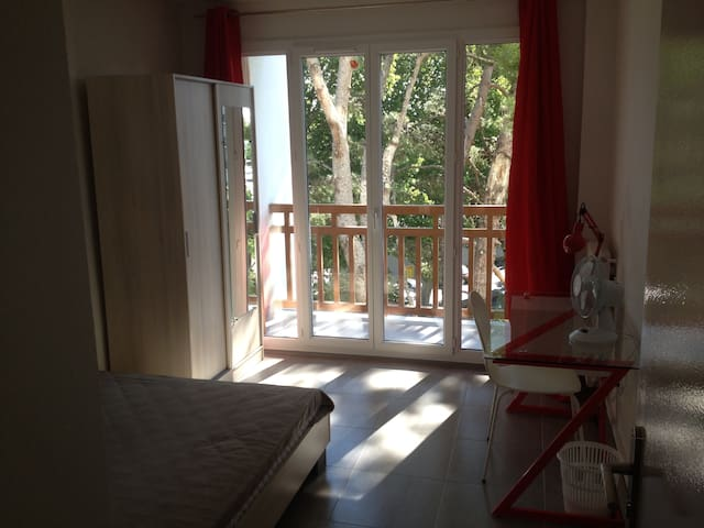 appartement F5, 8 personnes, 4 chambres TBE