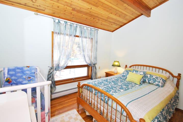Garden Facing Room with Crib