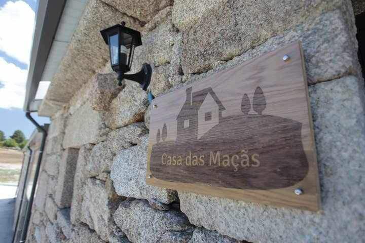 Casas de Sequeiros - Casa das Maçãs - RNET 5657