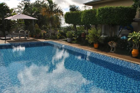 Beautiful House w/ Swimming Pool - Mapou