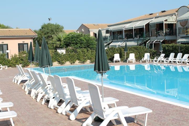 """Villaggio """"Agave"""" Sole - Mare e Tanto Relax"""