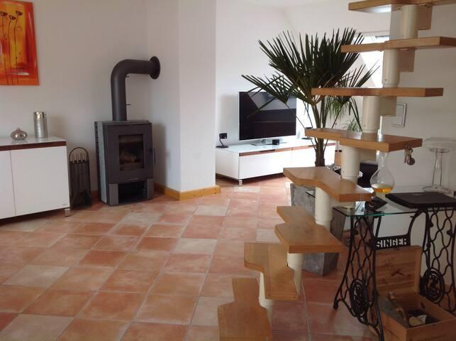 Charmante Wohnung mitten im Zentrum - Kassel - Apartment