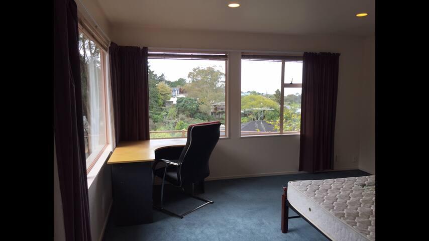 Seaview bedroom - Auckland - Aamiaismajoitus