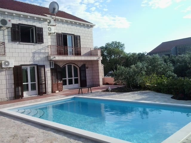 Villa Diana with swimming pool 2016 - Cavtat - House