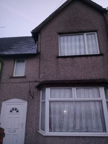 Budget double room and shared house