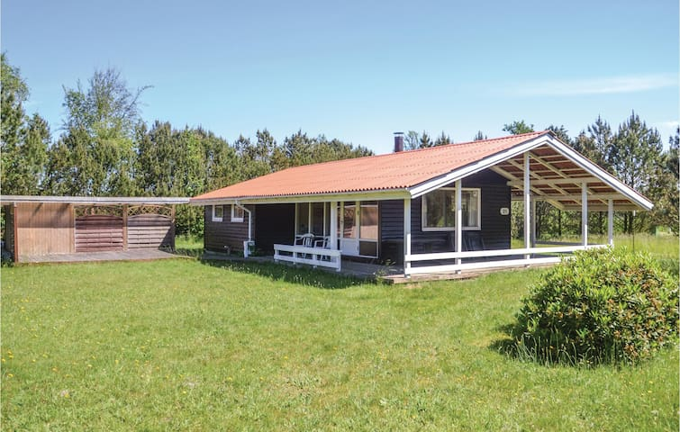 Holiday cottage with 3 bedrooms on 57m² in Nørre Nebel