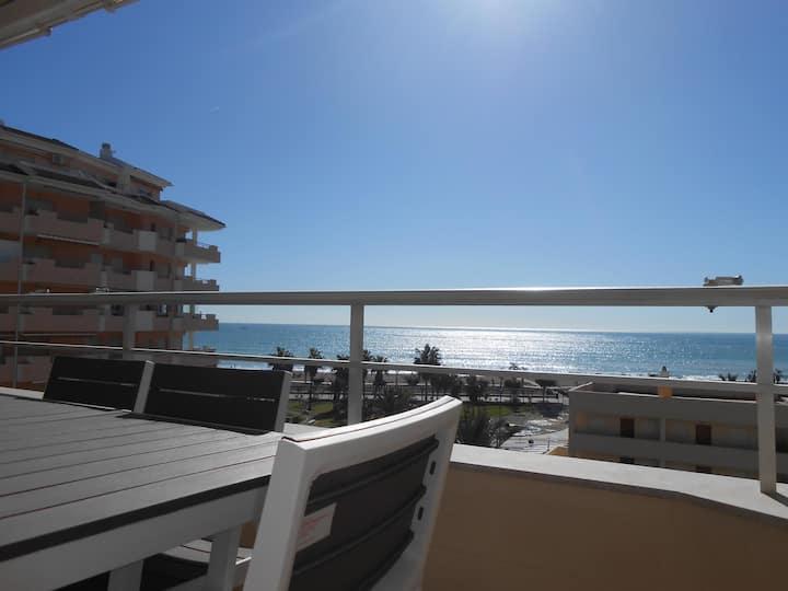 Apartamento acogedor con vistas al mar