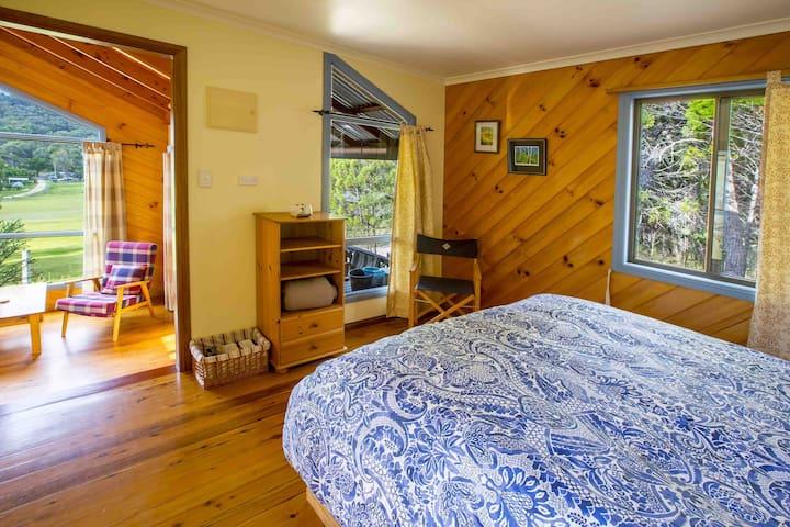 Bedroom Dasiy Cottage