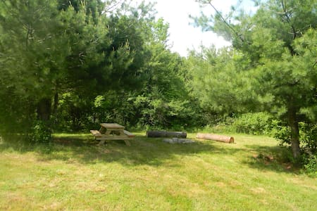 Foxtail Farm Stay: Meadow Tent Site - Greenville - Sátor