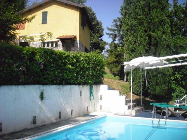 Haus in der Toskana: Alleinlage,Meerblick und Pool - Monteggiori - Talo