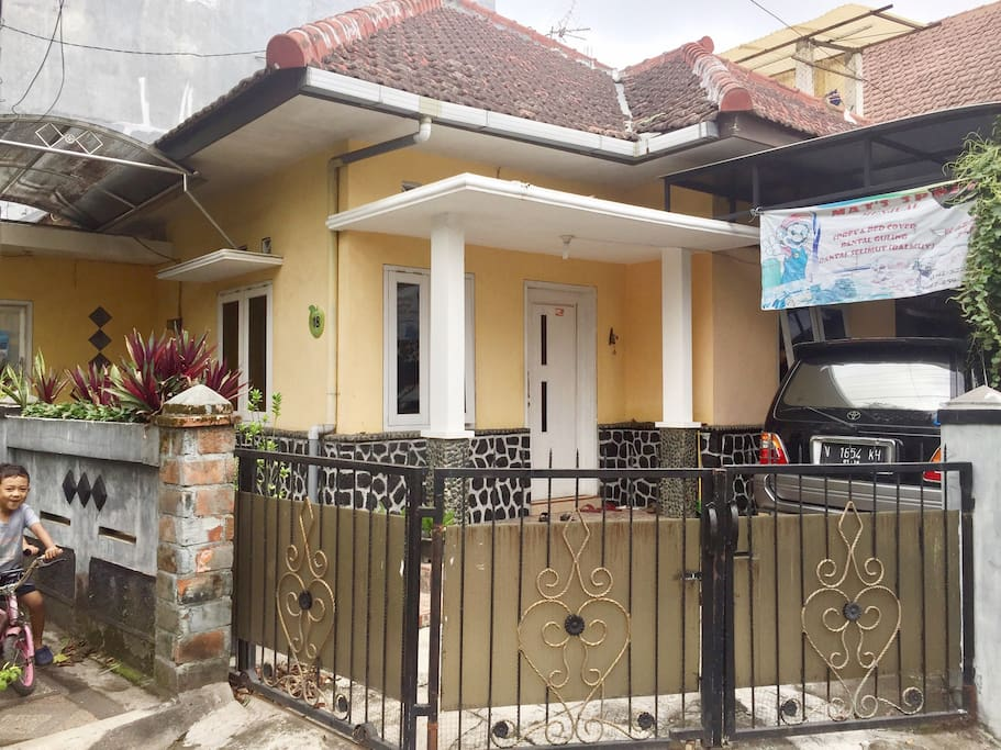 Front side of my lovely home. (Sisi depan rumah).