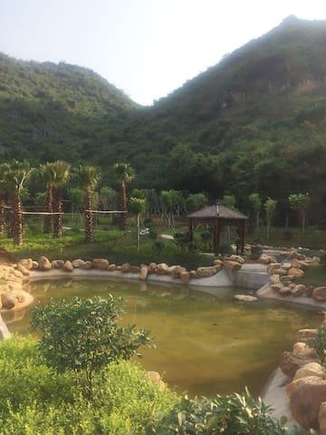 小区内园景