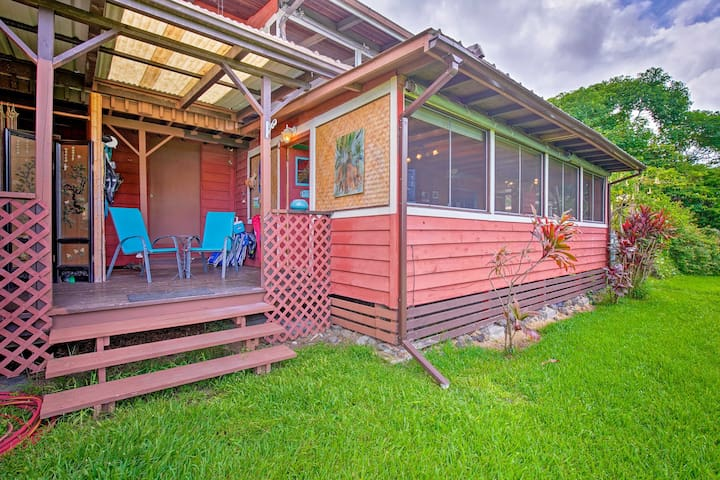 Sip morning coffee or evening nightcaps out on this Captain Cook home's patio.