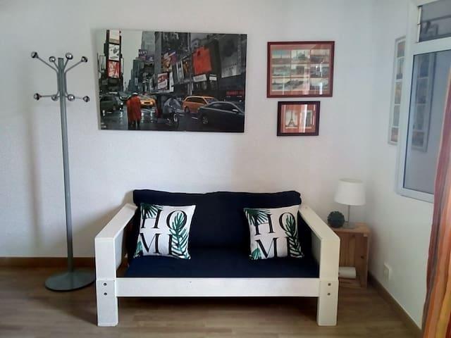pequeño apartamento, en santa cruz