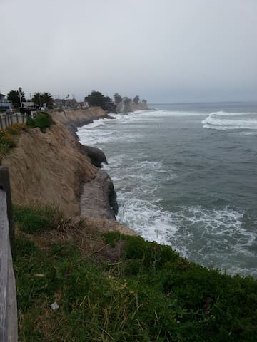 Pleasure Point coastline view looking to the south.
