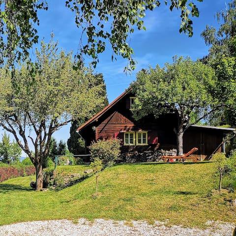 Lippautzhütte mit modernem Ursprungscharackter