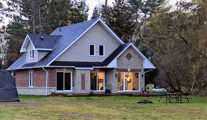 Oxtongue Rapids Home