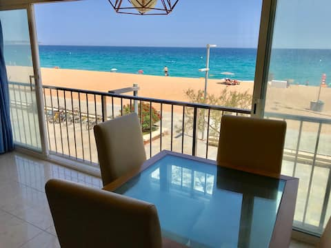 Sea View First Line Beach Platja d´Aro Apartment!!