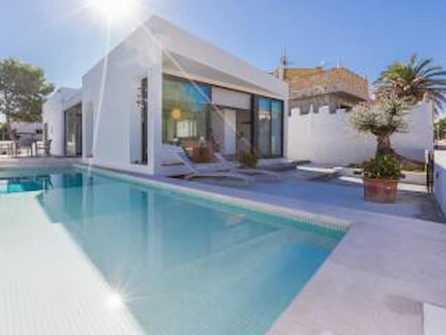 Modern and luxurious Villa with Pool in Son Serra - Santa Margalida - Villa