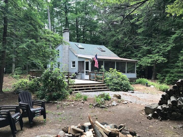 Newly Renovated Lake House - Beach Access!