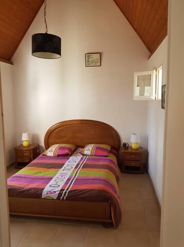 chambre 1 (1 lit 140)