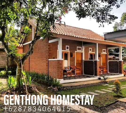 Genthong Homestay
