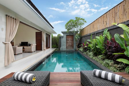 Brand New 2 Bedrooms Villa - Seminyak - Kuta