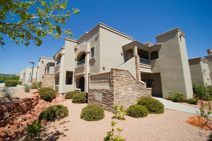 The Ridge on Sedona Golf Resort Exterior