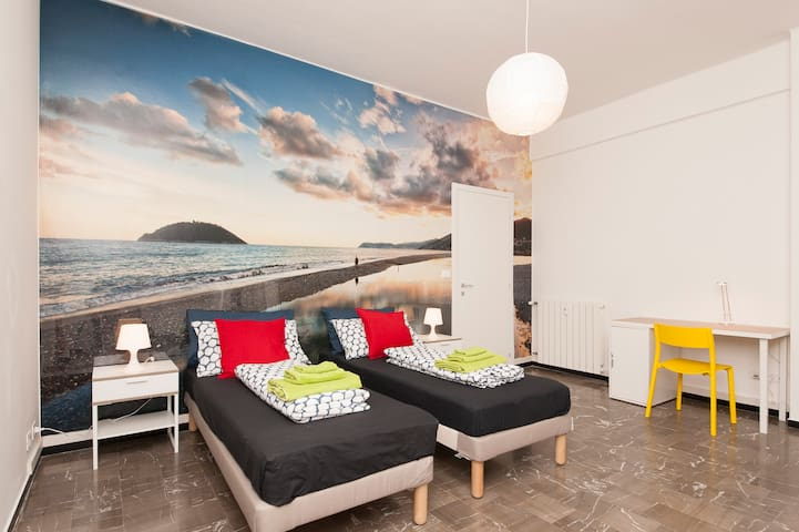 Gallinara island in a print in the bedroom