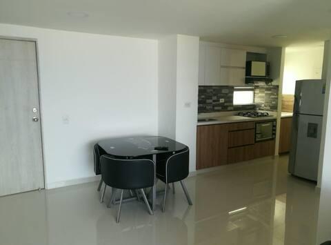 Disfruta  de Medellin en acogedor penthouse