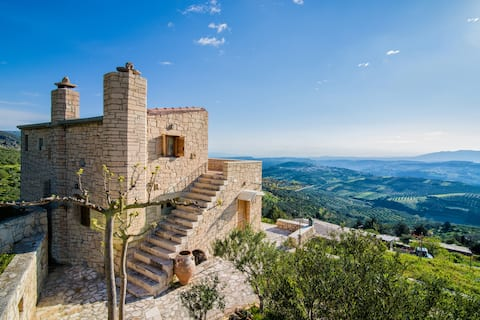 Panoramic View Villa in OliveGroves