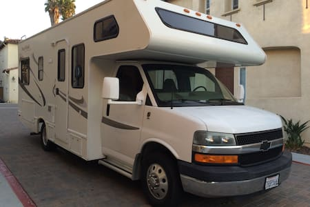 Enjoy San Diego on the Road in Lil Darling! - Karavan