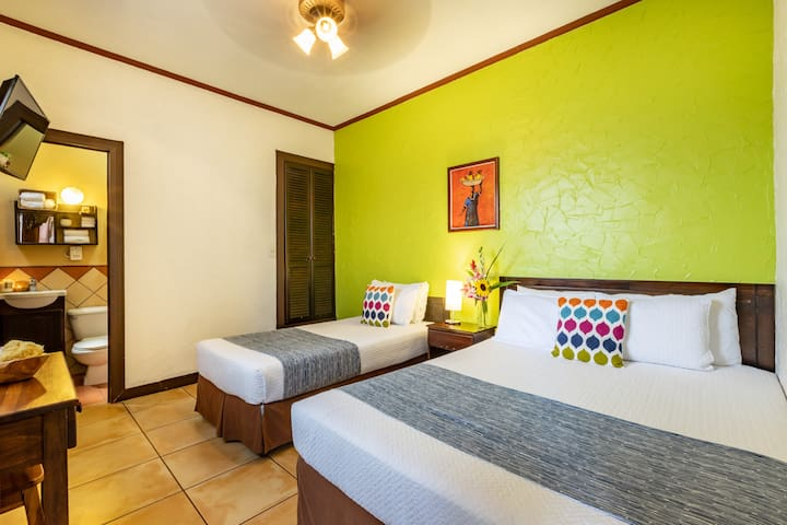 ALAJUELA CITY Hotel & Guest House   BEST IN DOWNTOWN ALAJUELA!  Deluxe Room