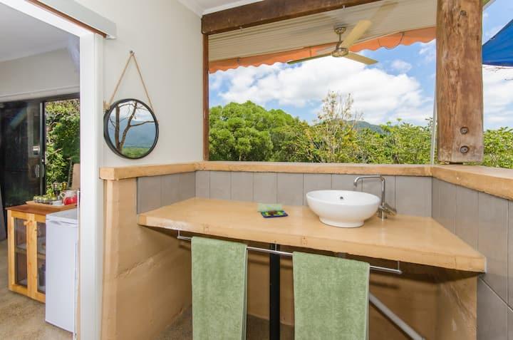 Wompoo Retreat- Rambutan Bungalow-views-privacy