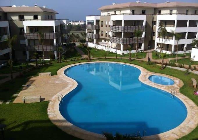Bel Appartement à Bouznika Plage