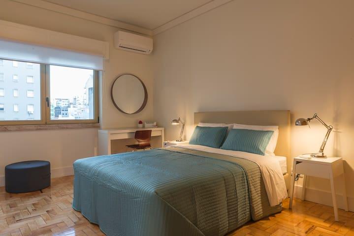 República B&B & Arts: Suite (Q2) - Lisboa - Bed & Breakfast
