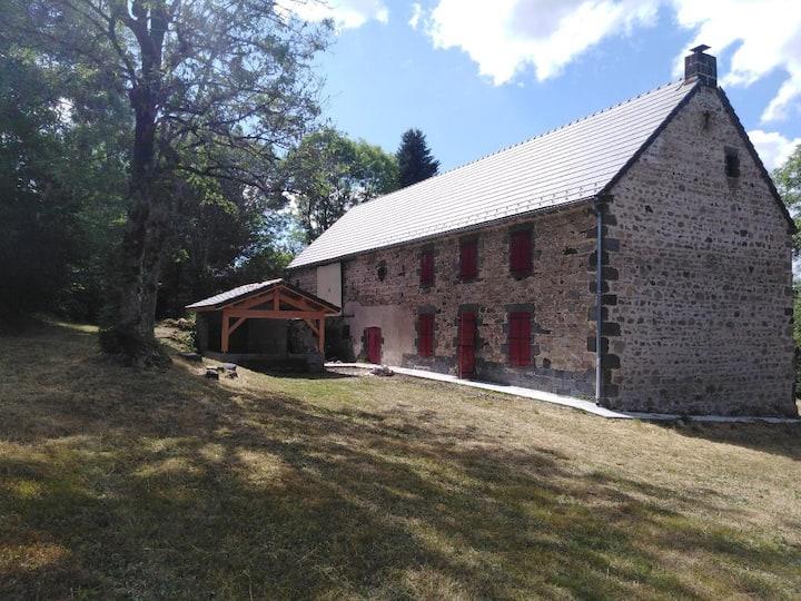 Maison de campagne au cœur des volcans d'Auvergne