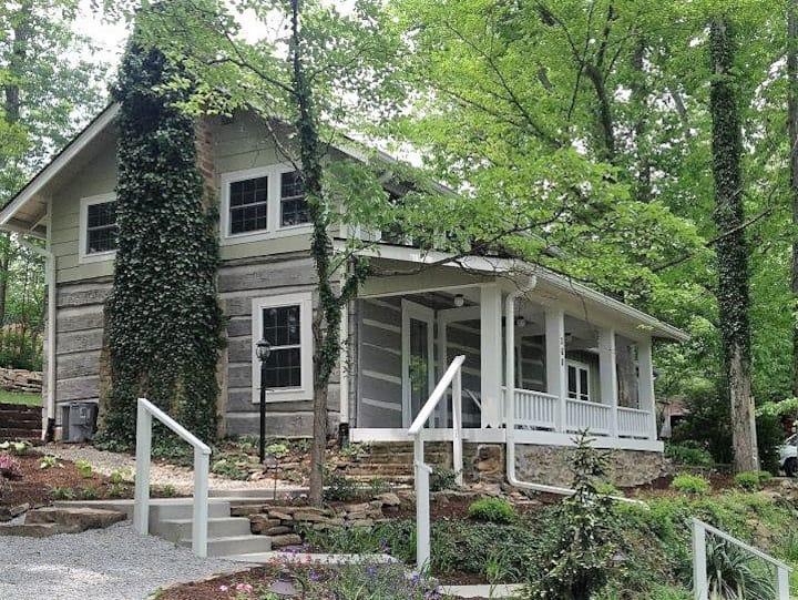 Cabin 360 - Cornerstone Inn