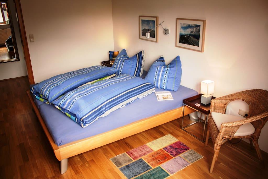 Das Schlafzimmer - Sleeping room