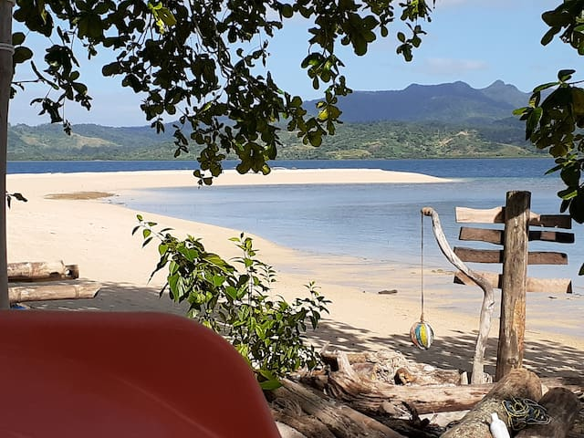 Private Tropical Island - 90 minutes from Suva!