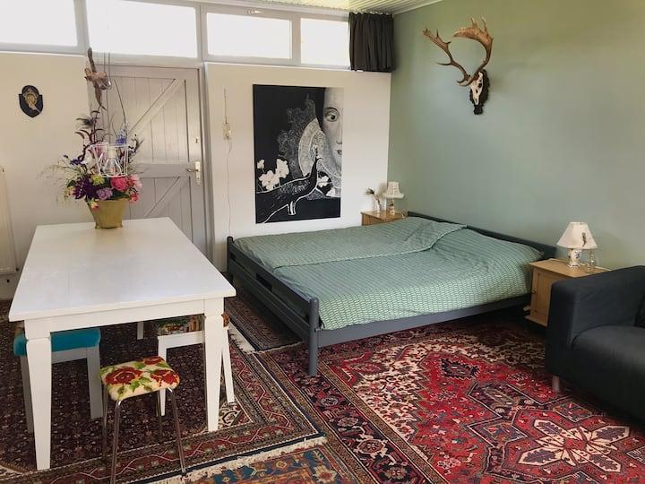 Ruime studio met eigen opgang in hartje Venray