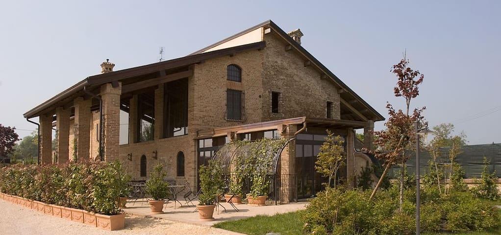 Alloggio Torretta - Salsomaggiore Terme - Bed & Breakfast