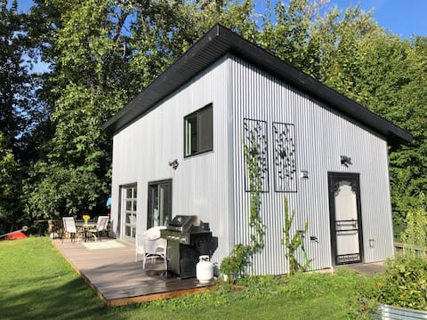 Small Studio Carriage house