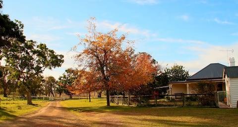 FarmStay Oakhurst Cottage Deepwater