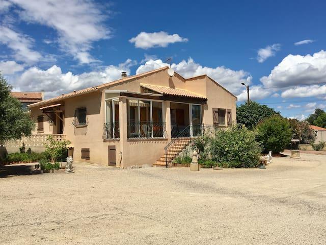 Villa MER - CAMPAGNE 6 pers Loupian
