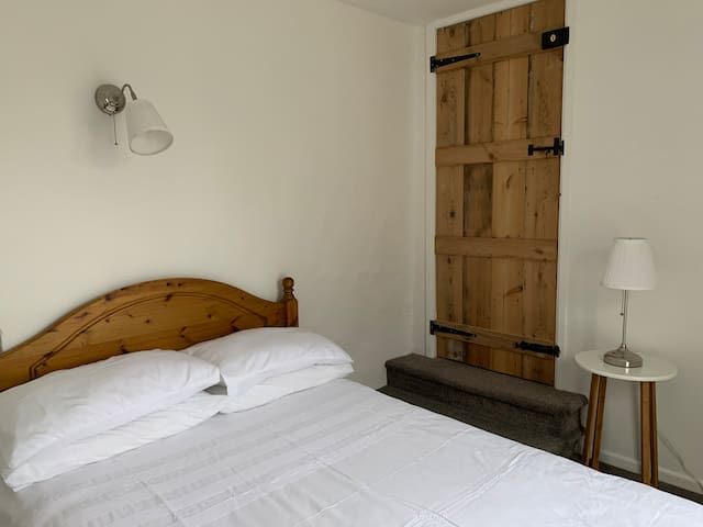 Bell Cottage - Double Room with Balcony